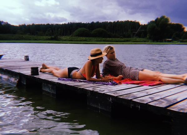 Lato z jogą w Zagrodzie Ojrzanów - wyjazd z jogafoksla.pl