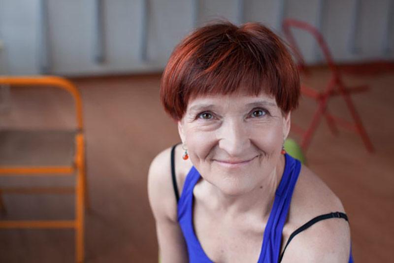 Jolanta Pankowska instroktor jogi dla seniorów